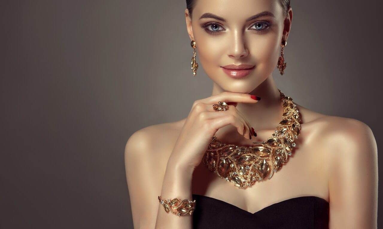 Jewelry Stores-Luxury jewelry with the best quality materials, gold, silver and diamond