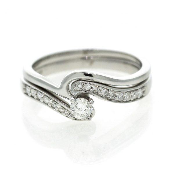 Diamond gold ring 0O001A3914_03