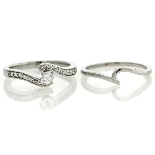 Diamond gold ring 0O001A3914_04