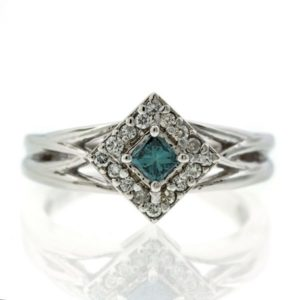 Diamond gold ring GO001A6889_03