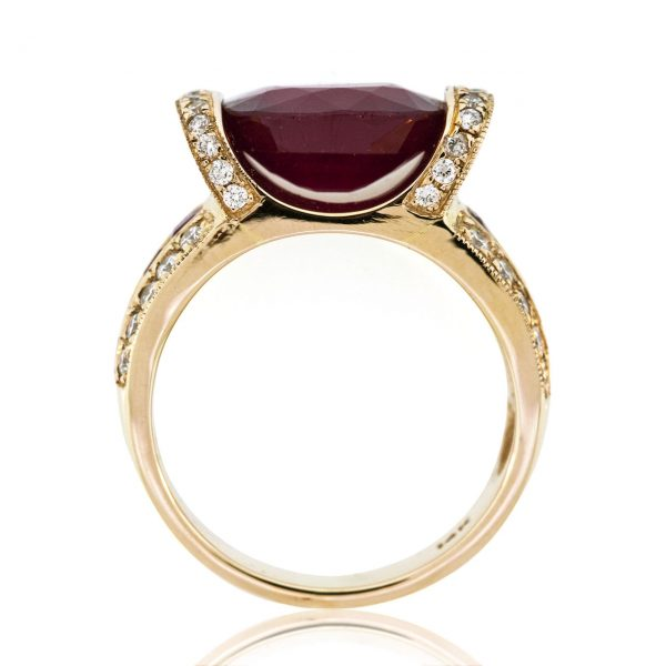 Ruby gold ring 0O001A33949_02
