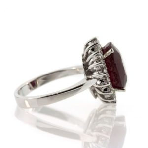 Ruby gold ring 8O001A17279_01